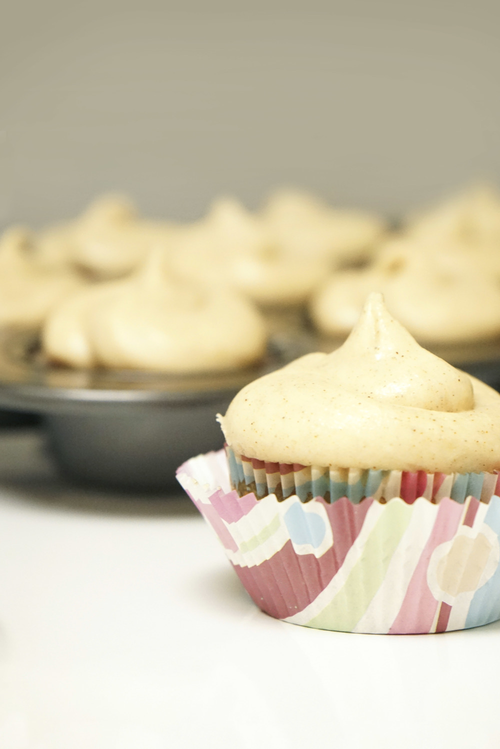 Pumpkin Maple Cupcakes with Cinnamon Cream Cheese Frosting