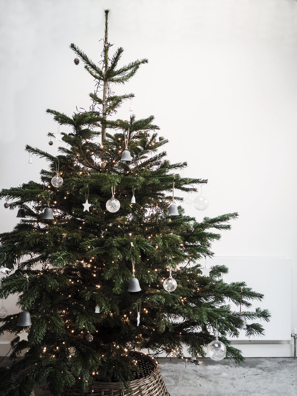 The White Company Tree Decorations  /  Cluster Tree Lights