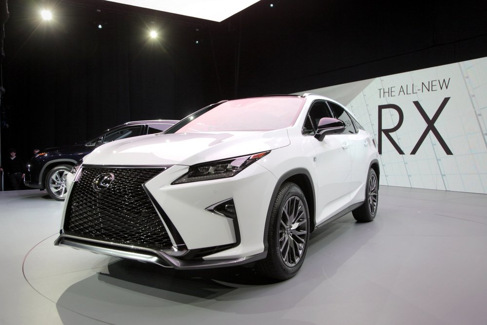 2016-Lexus-RX-Live-8.jpg