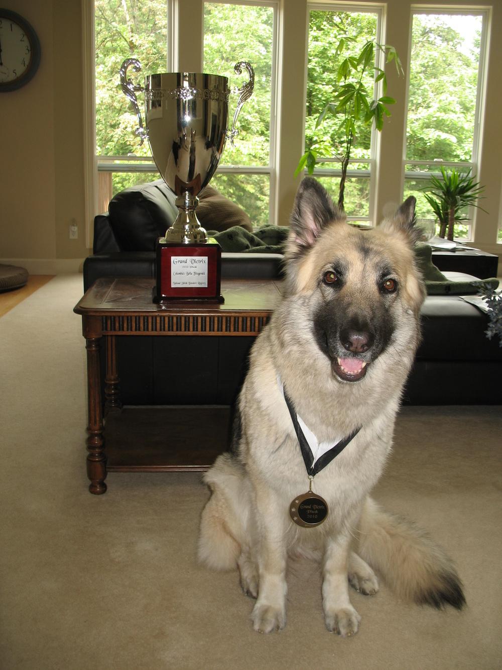 Bella & GV Trophy.JPG