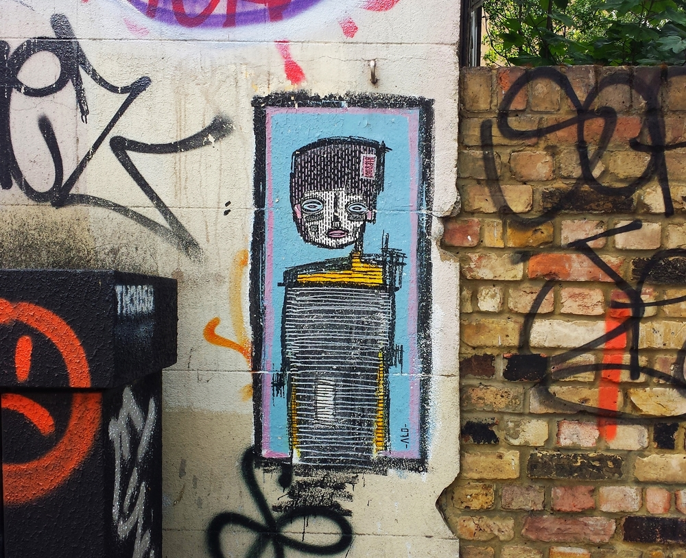Artist:  @alo_art   London, England. July 2015.