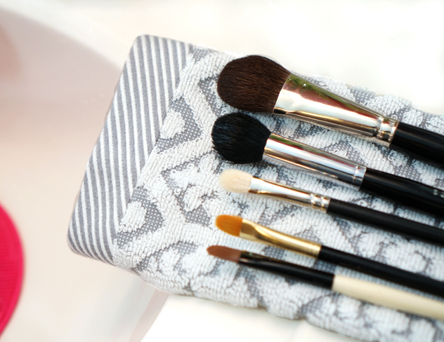 Lay your brushes down on a towel to air dry overnight.