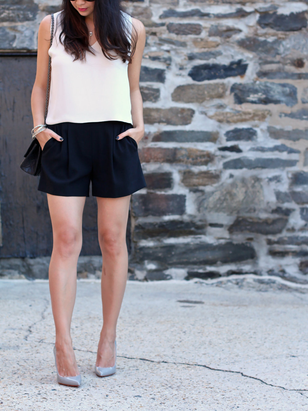 Aritzia Shorts Outfit