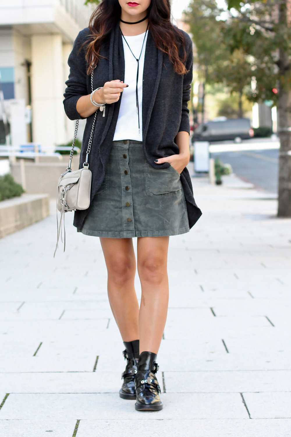 Ankle boots with skirt outfit