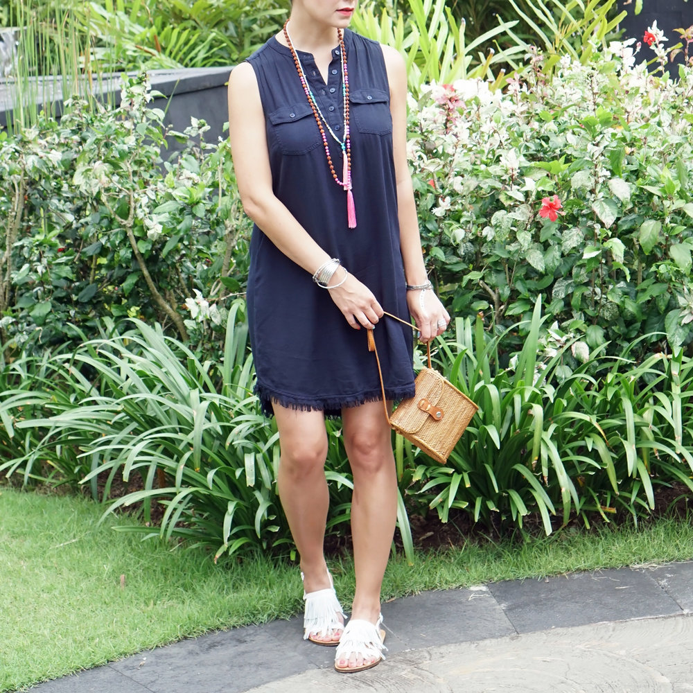 Splendid Dress / J. Crew Fringe Sandals / Necklace & Bag (local trip purchase)