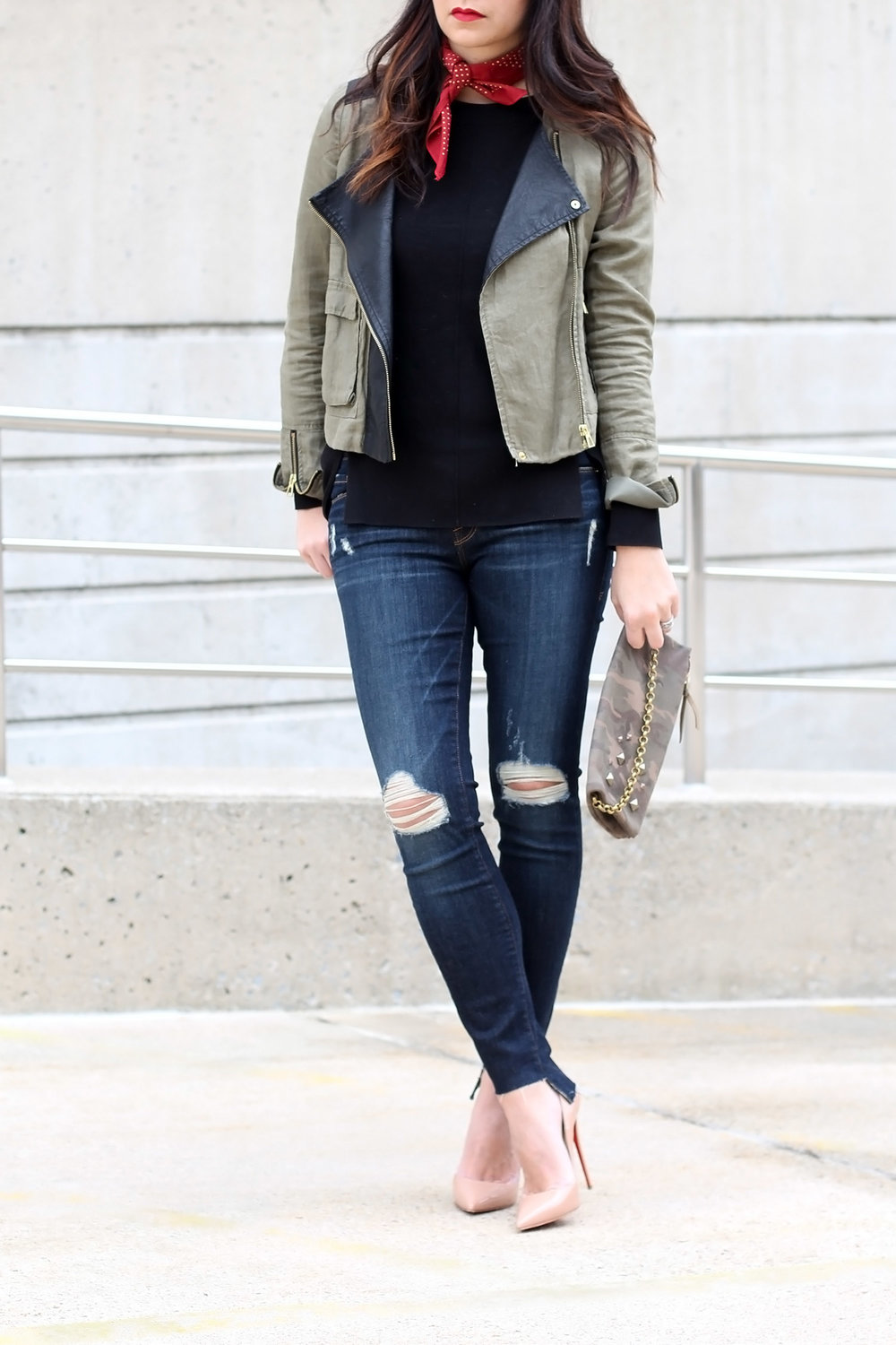 How To Wear Distressed Frame Denim