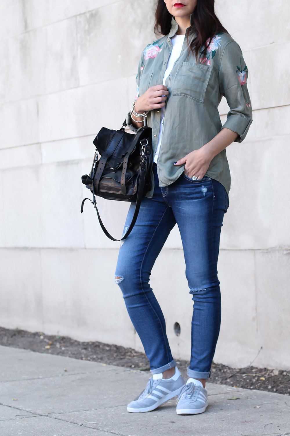 AG Jeans, Distressed Jeans Outfit
