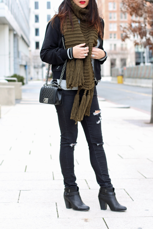 04_OliveGreenScarf.jpg