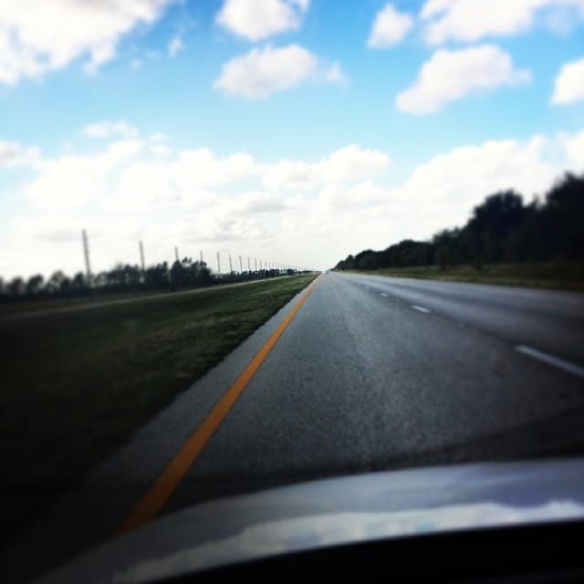 Enjoying the holidays home with family, and the open country road! #Happyholidays #homesweethome #countrygirl #openroad #highwaydontcare #love #beauty #lazysunday #sunday #sunnyday #lastsundayof2013