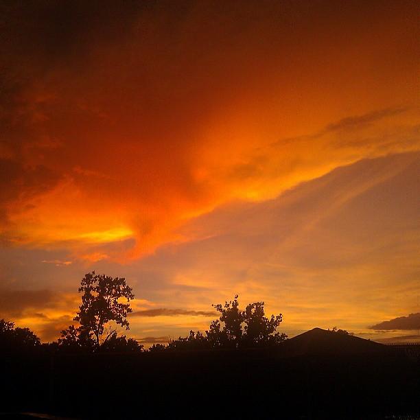 Wooow! #orange #sunset #nofilter