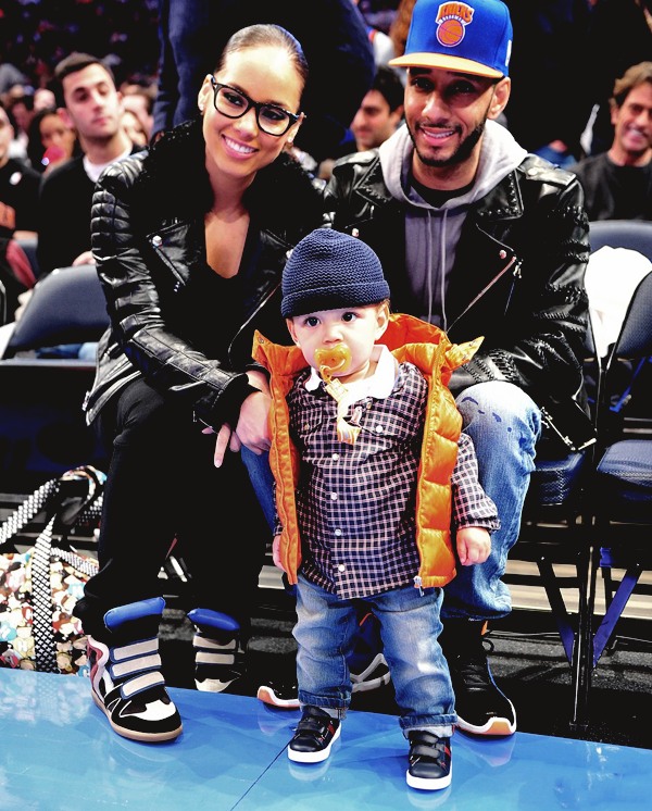 fuckyeahfamousblackgirls: Alicia Keys & her son Egypt at the Knicks v.s Celtics game yesterday