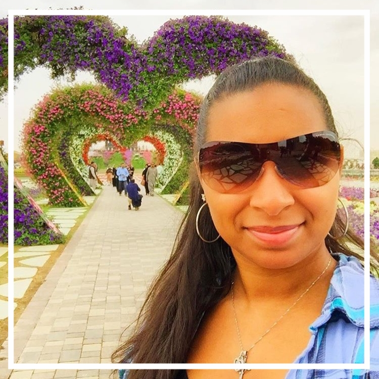 HollyDayz in Dubai Miracle Garden | Aspire to Inspire Interview with Zaakirah Nayyar