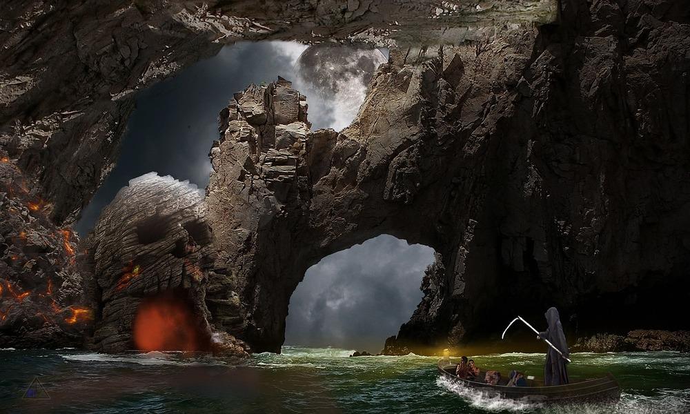cave-663689_1280
