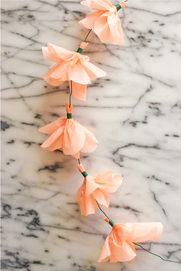 tissue_paper_flower_garland_diy_6.jpg