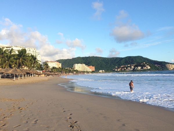 ixtapa-travel-summer-vacation-mexico-8.png