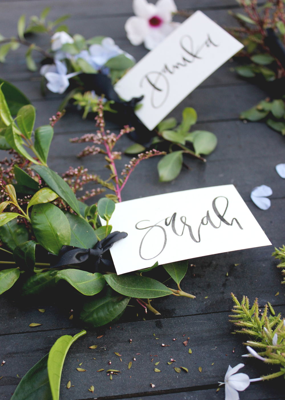 How to create quick, easy and free place cards for your dinner party | A Fabulous Fete