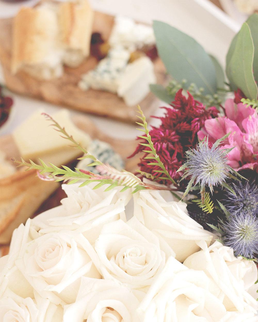 White Roses | A Fabulous Fete