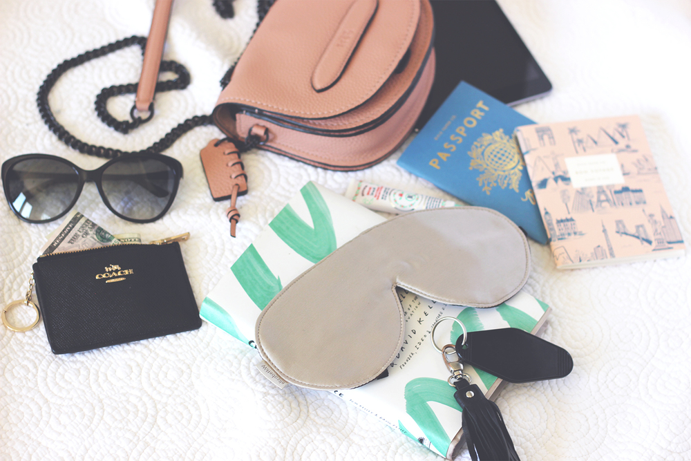 Packing for a trip | A Fabulous Fete