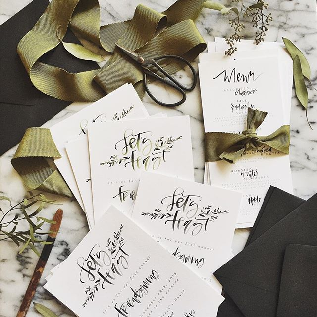 Friendsgiving Invitaitons | A Fabulous Fete