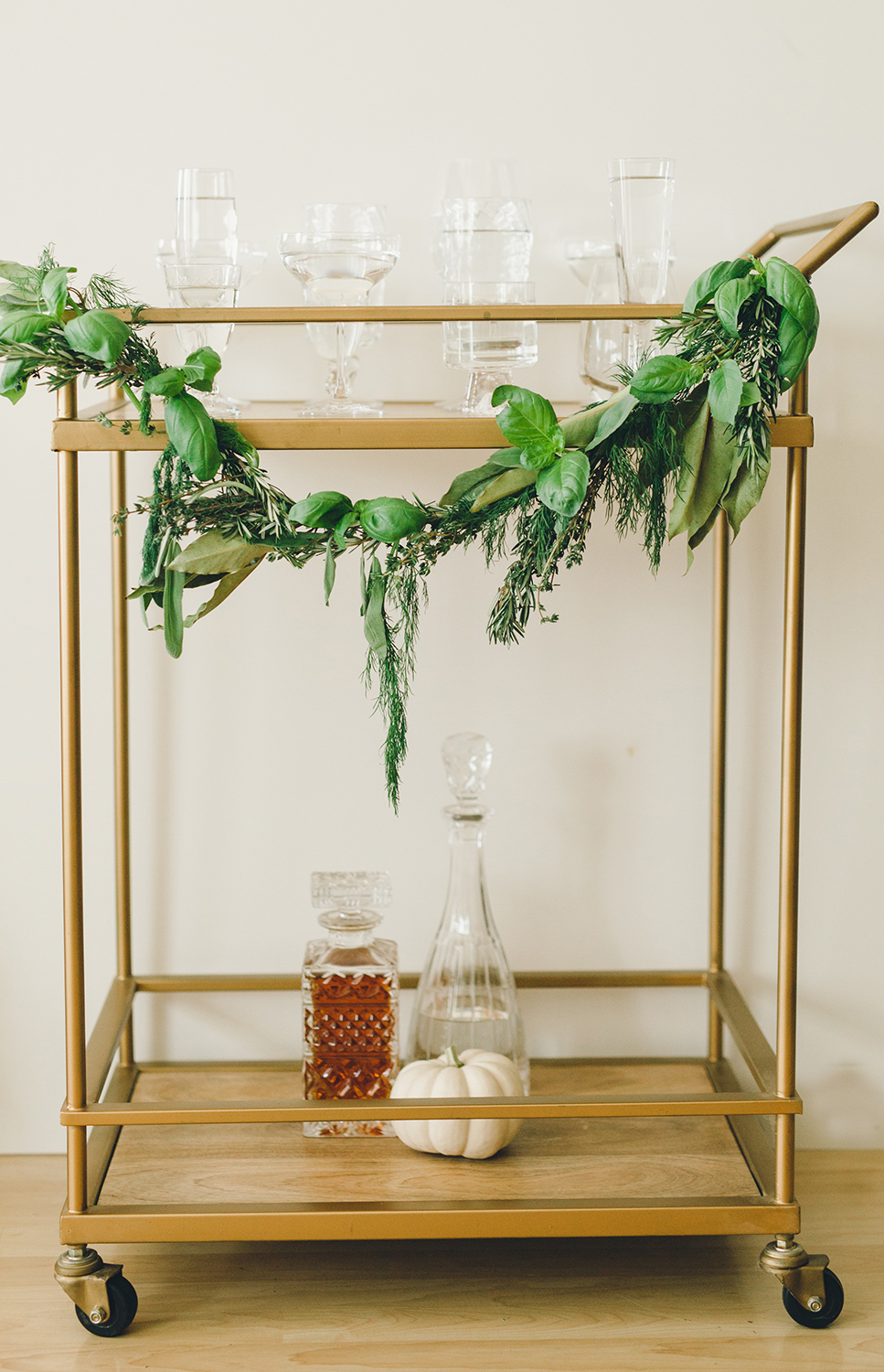 Simple Holiday Decor For Your Bar Cart | A Fabulous Fete