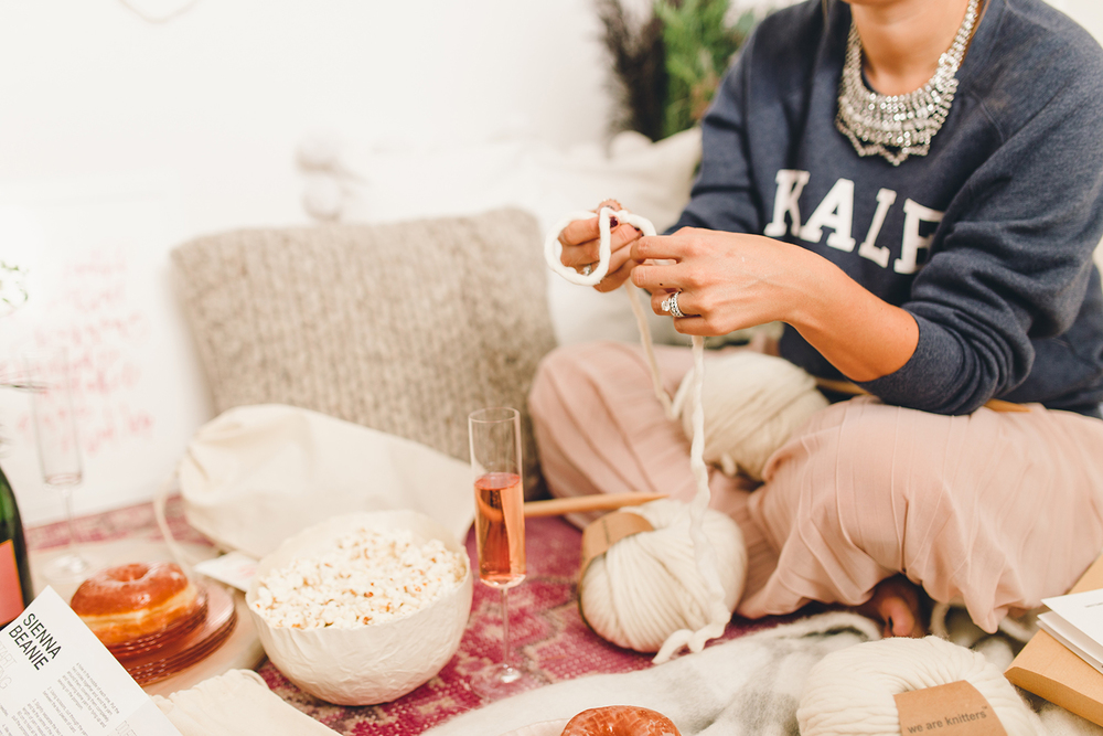 Cozy holiday picnic at home | A Fabulous Fete