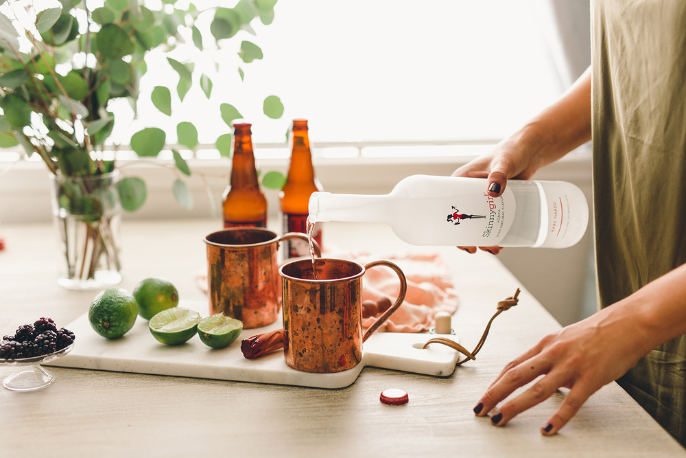 How to make moscow mules for your holiday party | A Fabulous Fete