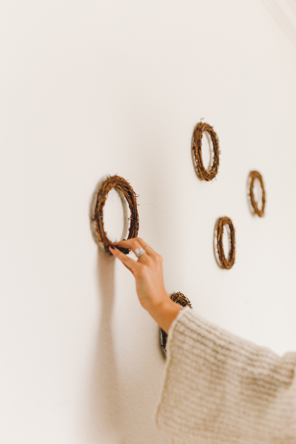 Holiday wreath decor or backdrop for your get togethers | A Fabulous Fete