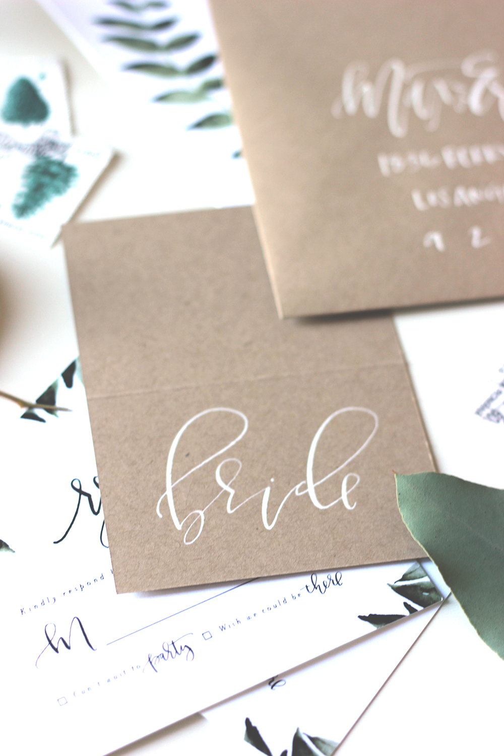 Kraft and white wedding calligraphy | A Fabulous Fete
