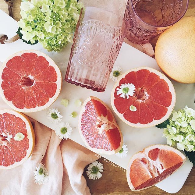 Grapefruit + cucumber cocktail | A Fabulous Fete