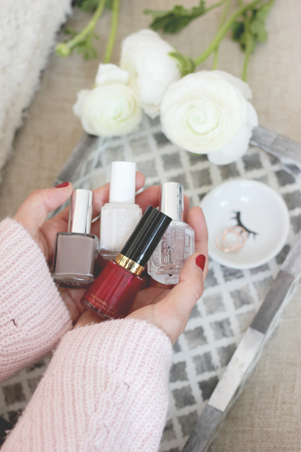 Get this must have top coat for long lasting manicures | A Fabulous Fete