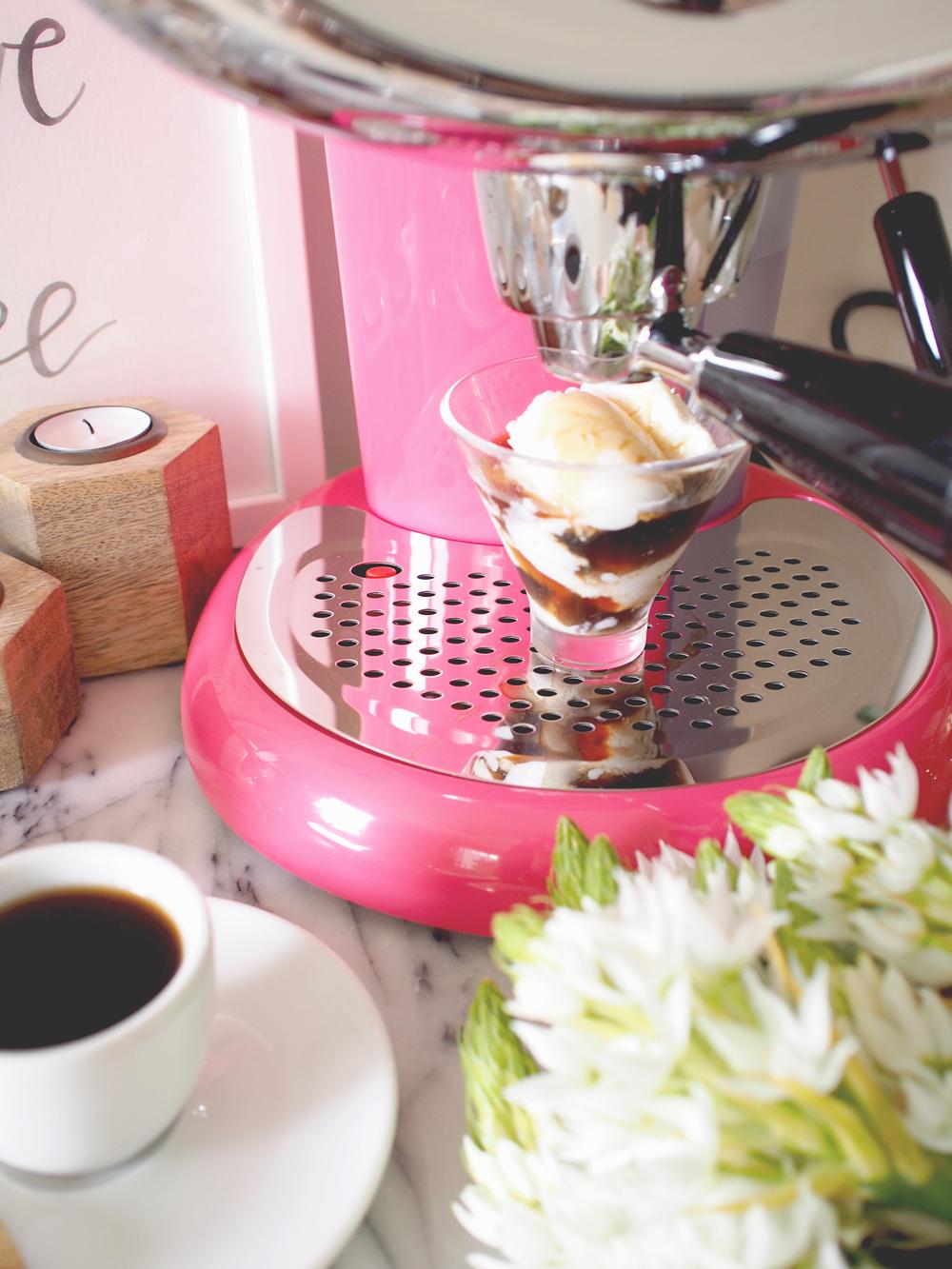Affogato: Gelato topped with espresso | A Fabulous Fete