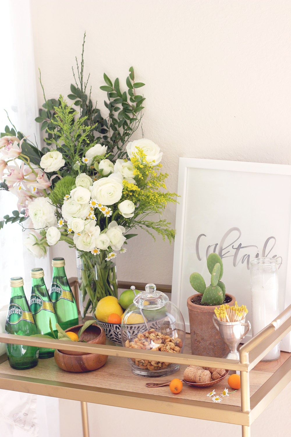Ideas for decorating your bar cart this spring and summer | A Fabulous Fete