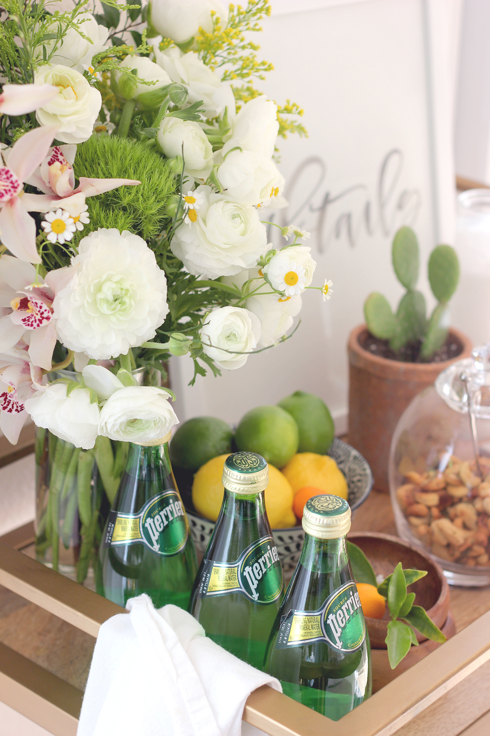 Quick tips for decorating for bar cart | A Fabulous Fete