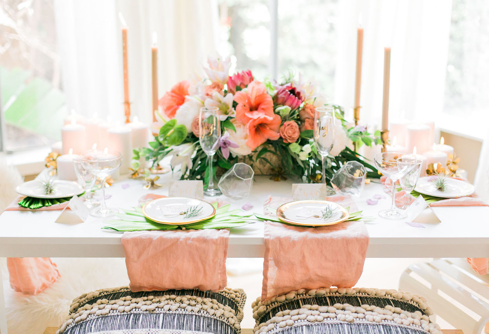 Simple summer table setting | A Fabulous Fete