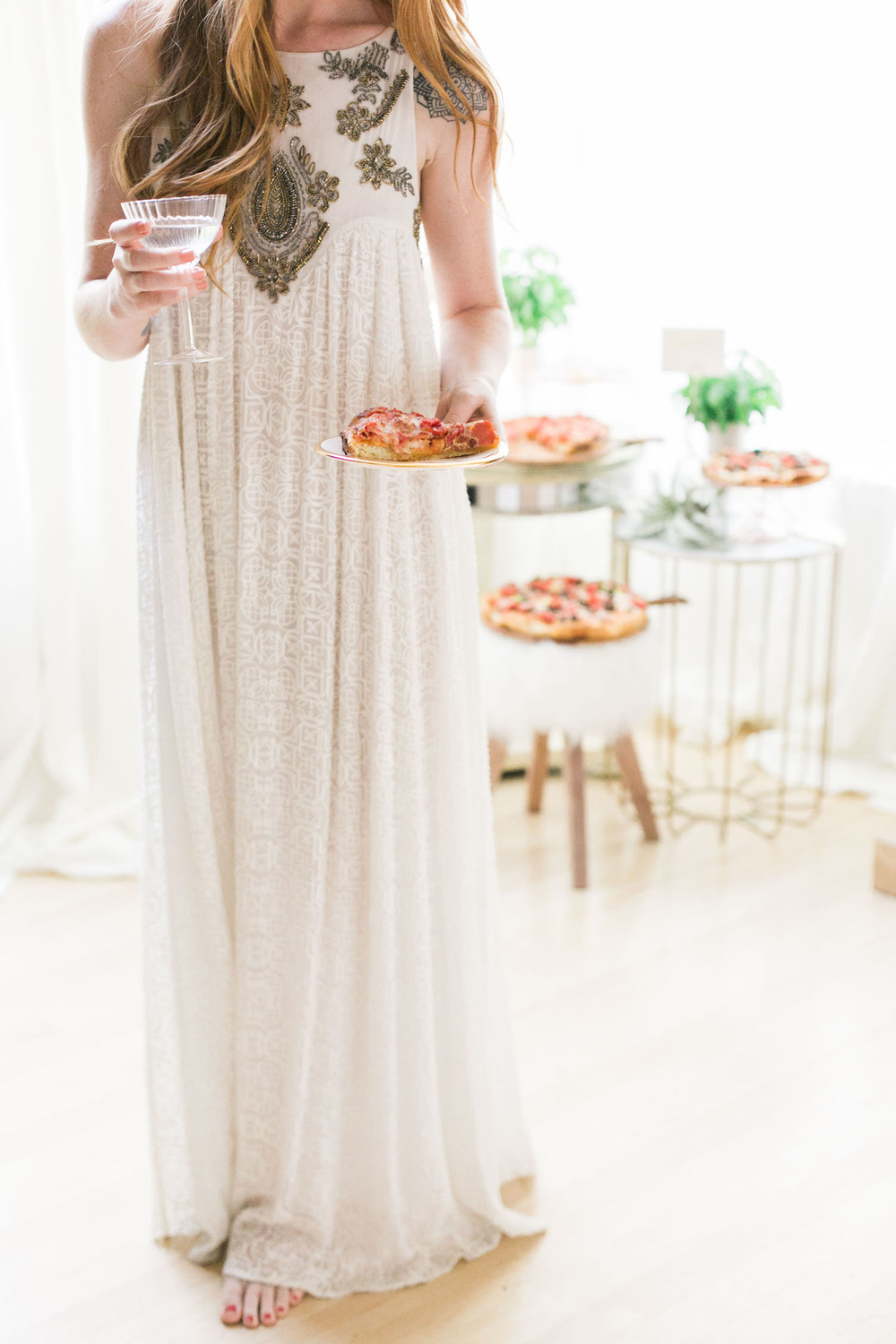 Ways to keep your rehearsal dinner chic but easy! | A Fabulous Fete