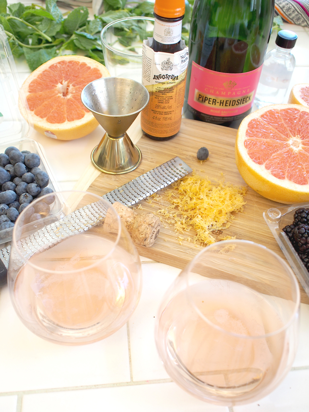 easy pink cocktail diy | a fabulous fete