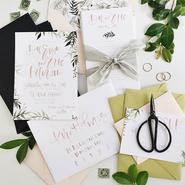 Blush watercolor wedding invitations with a touch of botanical elements | A Fabulous Fete
