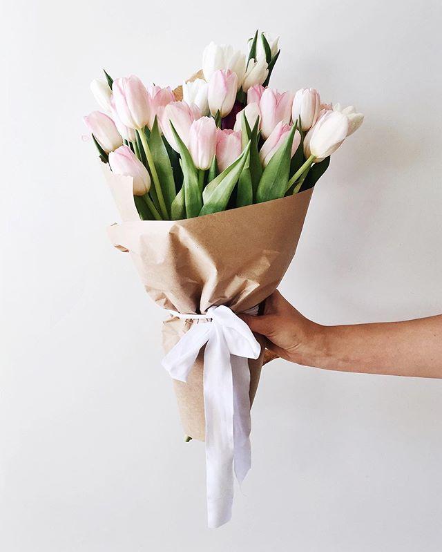 Tulip bouquet | A Fabulous Fete