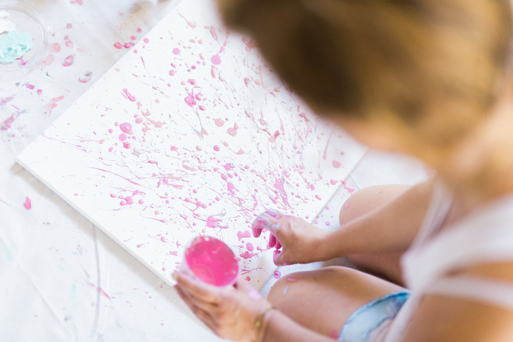 Tips for hosting a girls night painting party | A Fabulous Fete