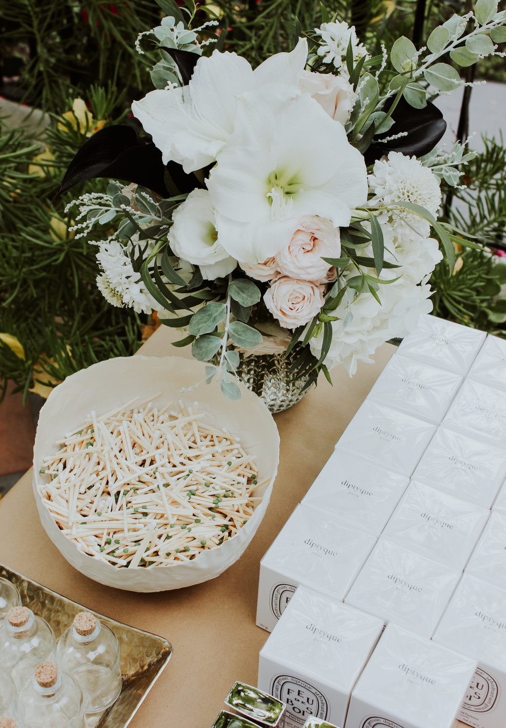 Holiday appropriate blooms by Beautiful Savage Flowers | A Fabulous Fete