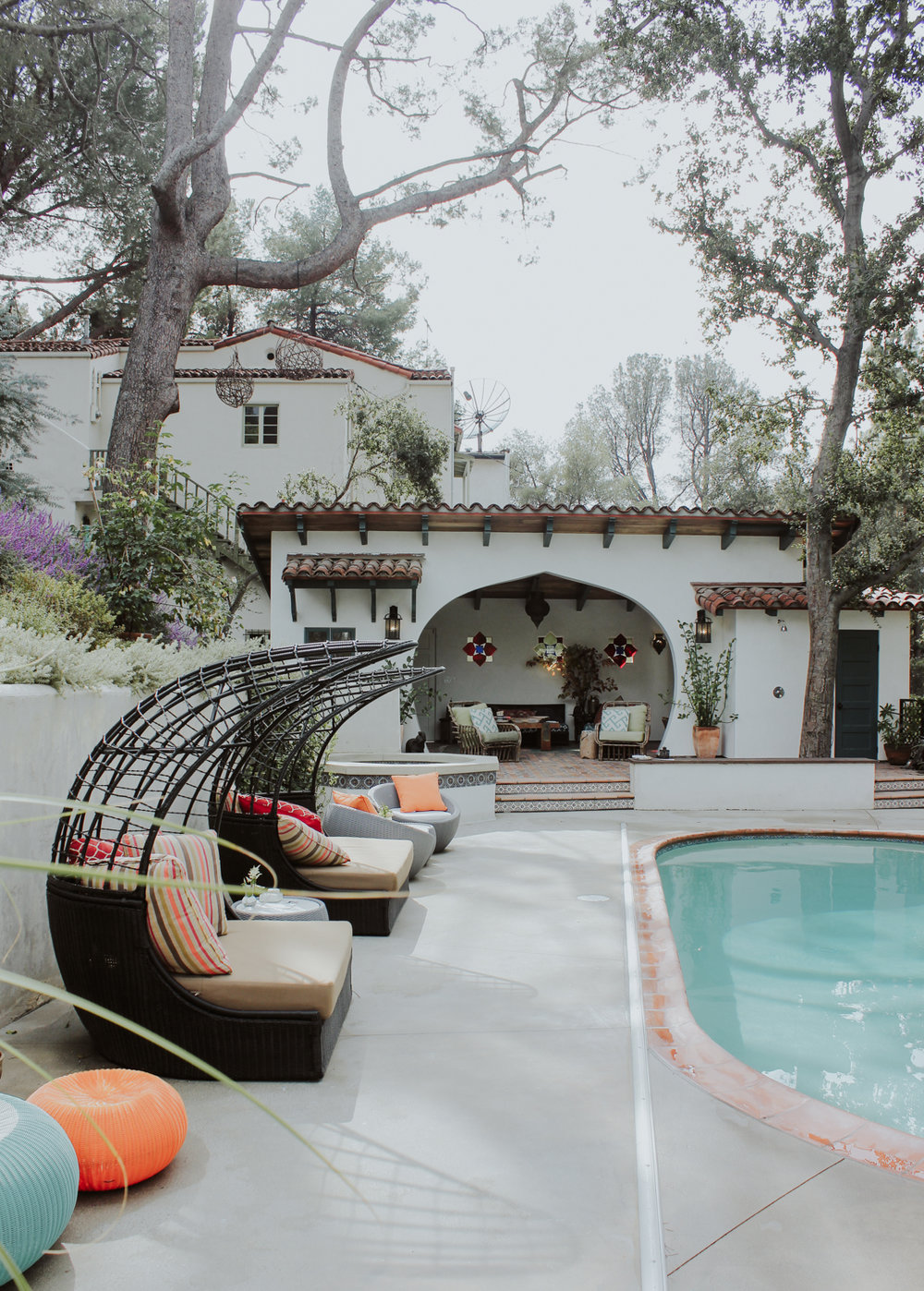 Hollywood Hills home for the #MyHauteHoliday party | A Fabulous Fete