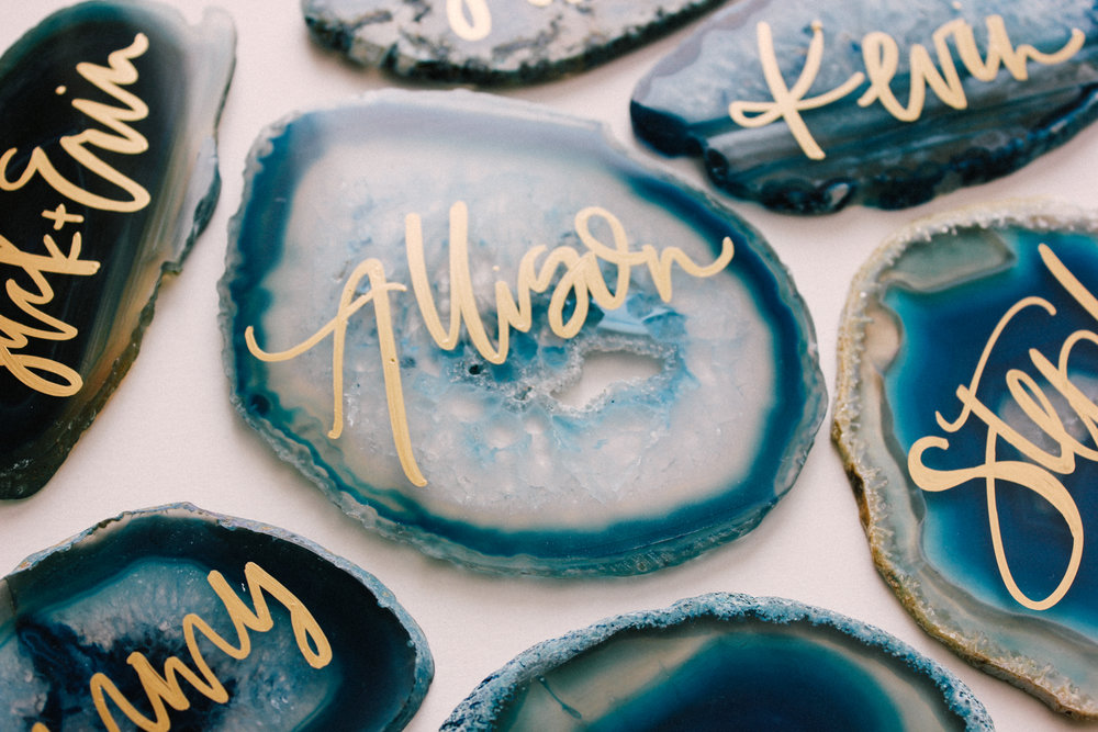 Caribbean inspired place cards for a destination wedding | A Fabulous Fete