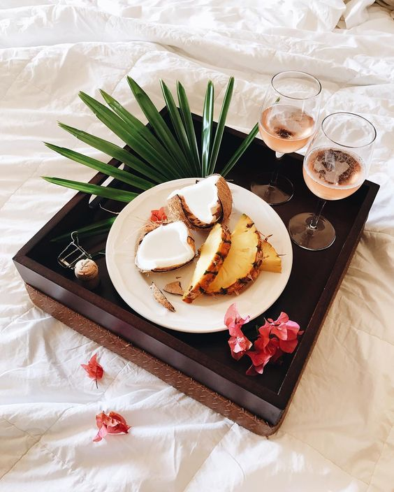 Hawaii-Champagne-Brunch.jpg