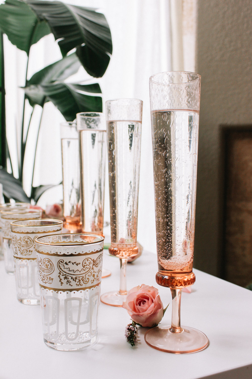 Mix + match glassware for a girls night in | A Fabulous Fete