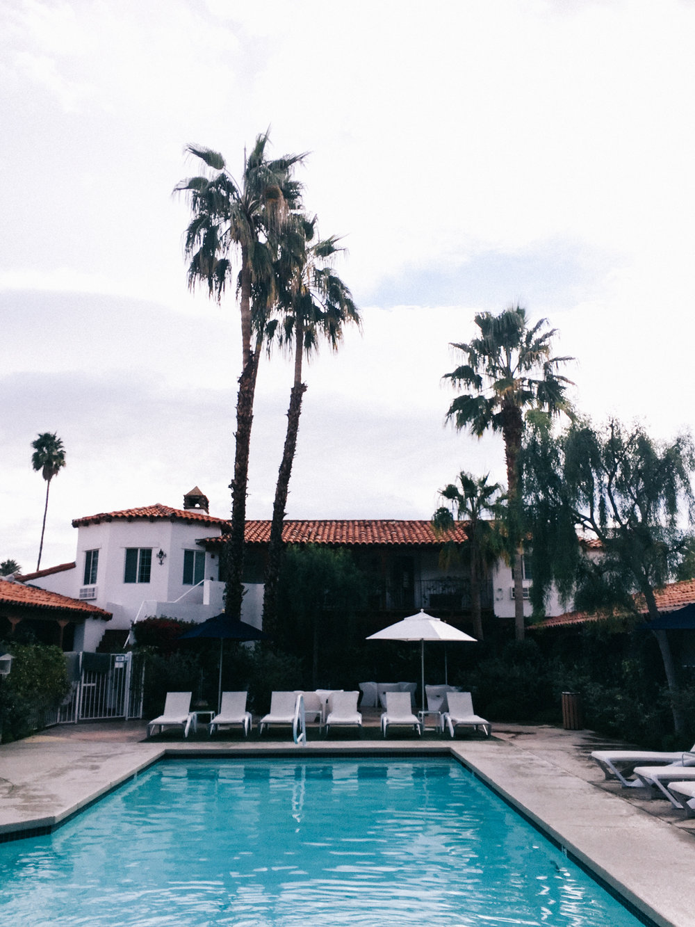 pool views at the alcazar in palm springs | A Fabulous Fete