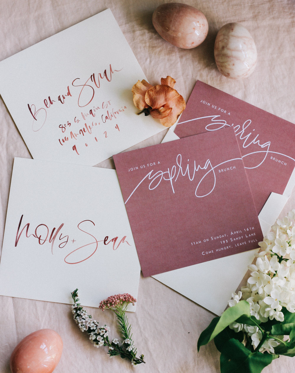 Spring brunch hand lettered invitations | A Fabulous Fete