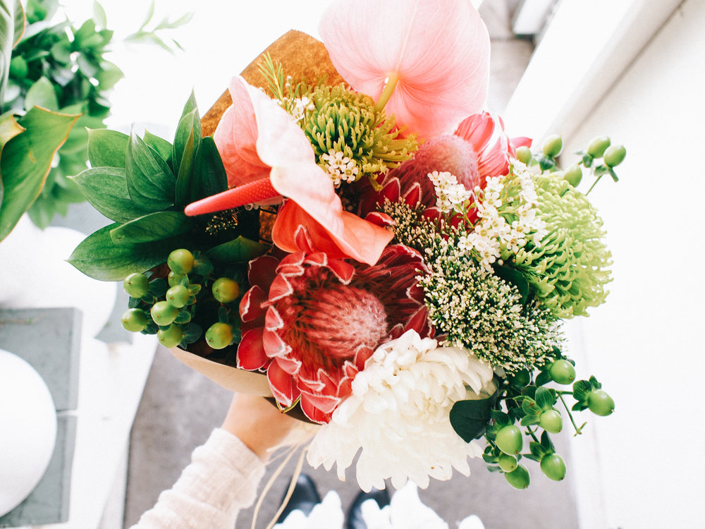 A hand picked bouquet from my fave flower stand in Laguna Beach | A Fabulous Fete