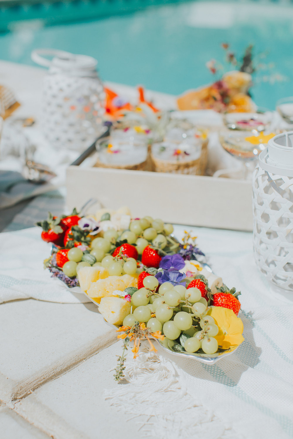 Pool party fruit platter | A Fabulous Fete