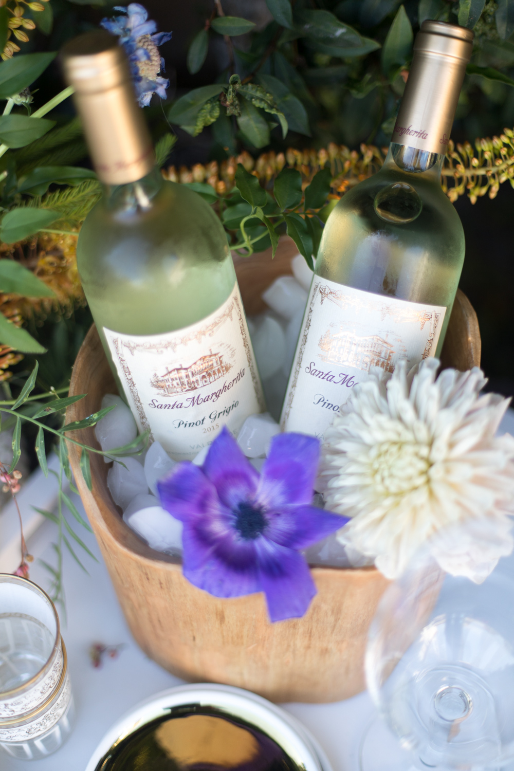 Wood wine bucket with flowers | A Fabulous Fete