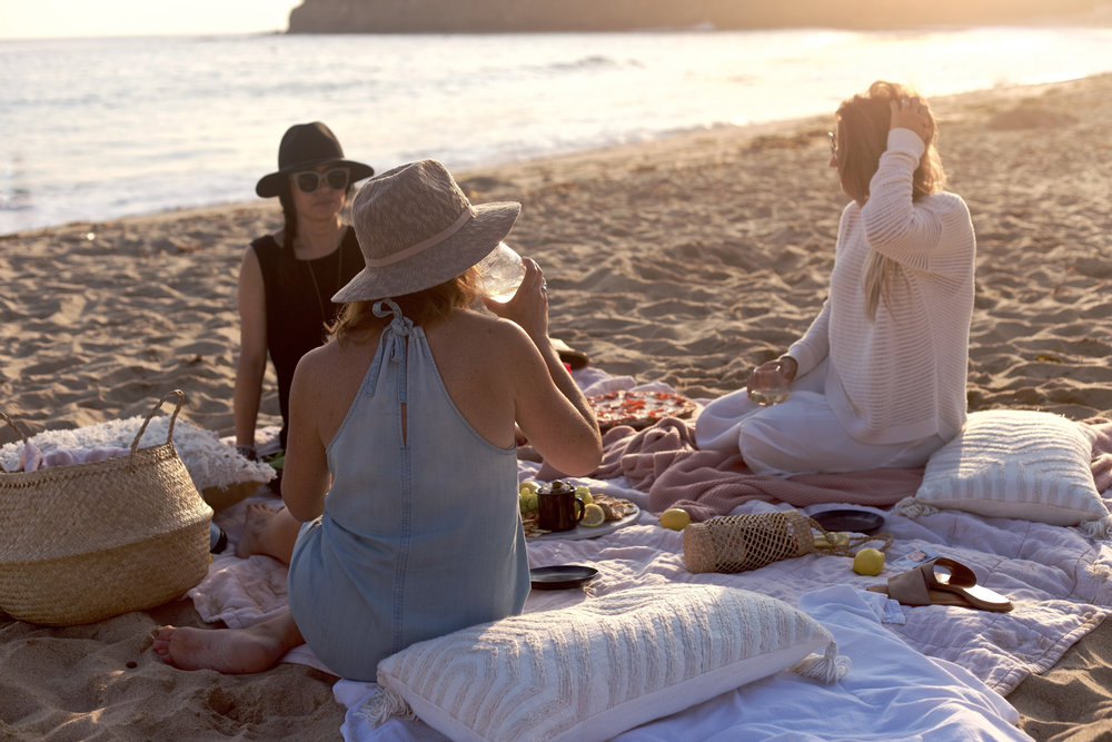 girls night at the beach | A Fabulous Fete